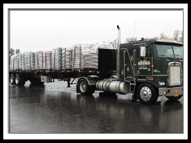 flatbed_trucking_service_middletown_ny.png