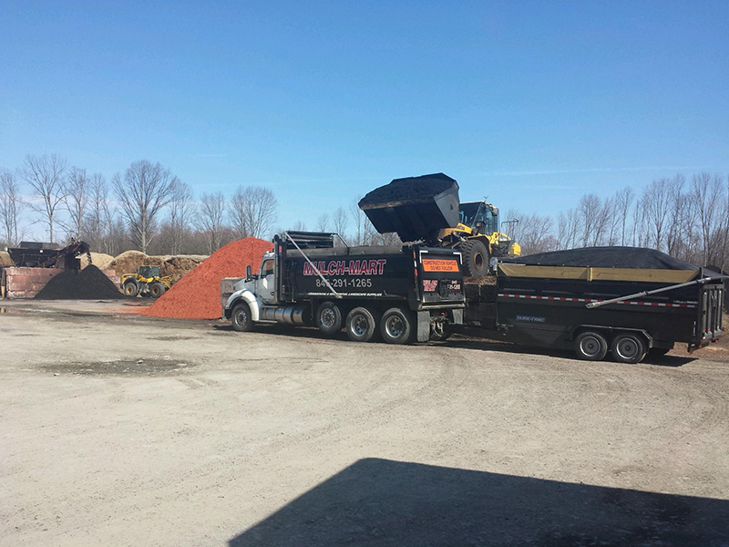 mulch_delivery_slate_hill_new_york_stone_delivery.jpg
